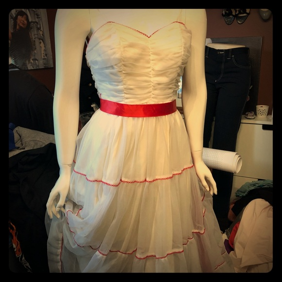 Dresses & Skirts - Torn Vintage tulle costume dress